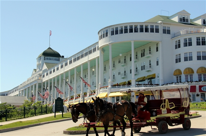 Grand Hotel In Mackinac Island Somewhere In Time Movies At Popturf
