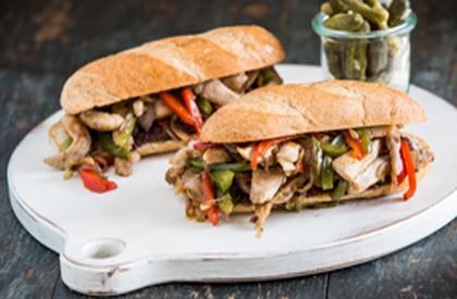 Photo de la recette de Sandwich chaud au porc et légumes sautés