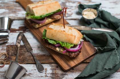 Photo de la recette de Sandwich à la longe de porc laquée à l'asiatique