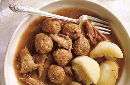 Photo de la recette de Ragoût de boulettes et de pattes de cochon