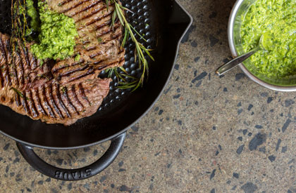 Photo de la recette de Bavette de porc barbecue, chimichurri au poivron vert