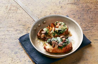 Photo de la recette de Longe de porc aux épinards, sauce aux pommes