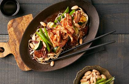 Photo de la recette de Sauté de porc à la sauce tamari et aux amandes
