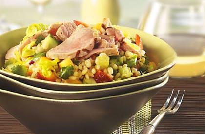 Photo de la recette de Salade repas d'orge au porc et aux fruits