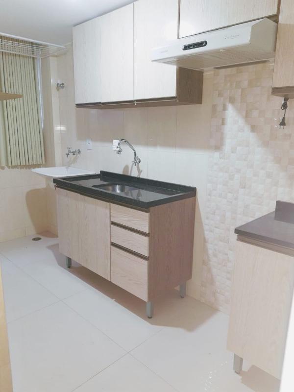Apartamento à venda em Maringá - PR ,  Zona 07