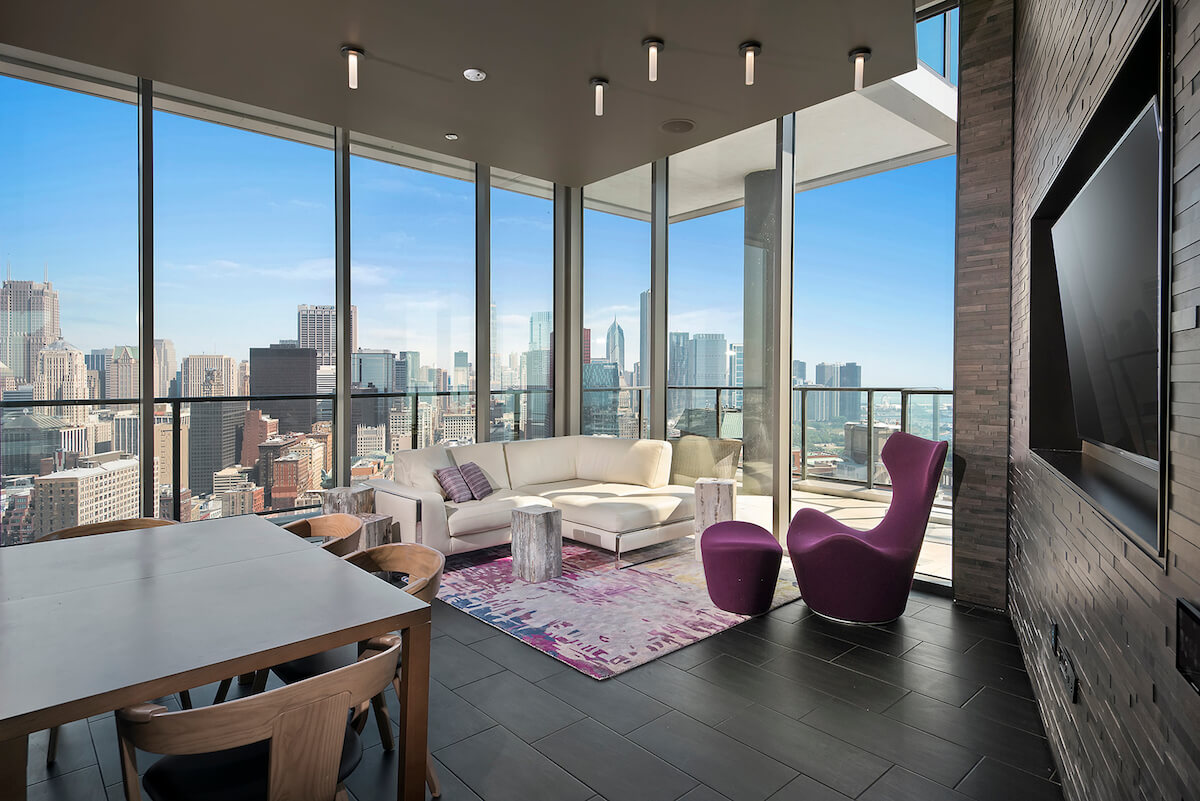 Best apartment rental service in Chicago - 1001 S State