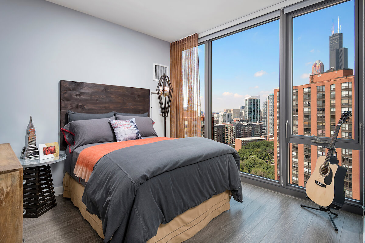 Best apartment hunting service in Chicago - 1001 S State