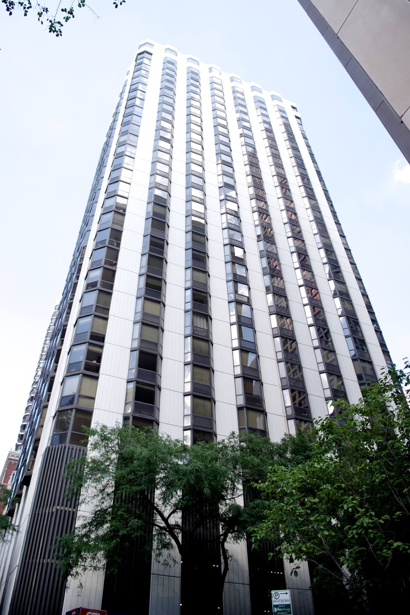 Apartments for rent in Chicago - 1111 N Dearborn