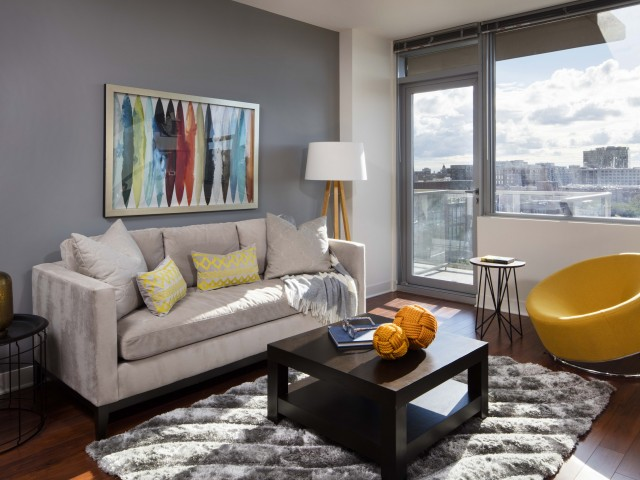 Best apartment rental service in Chicago - 1225 Old Town
