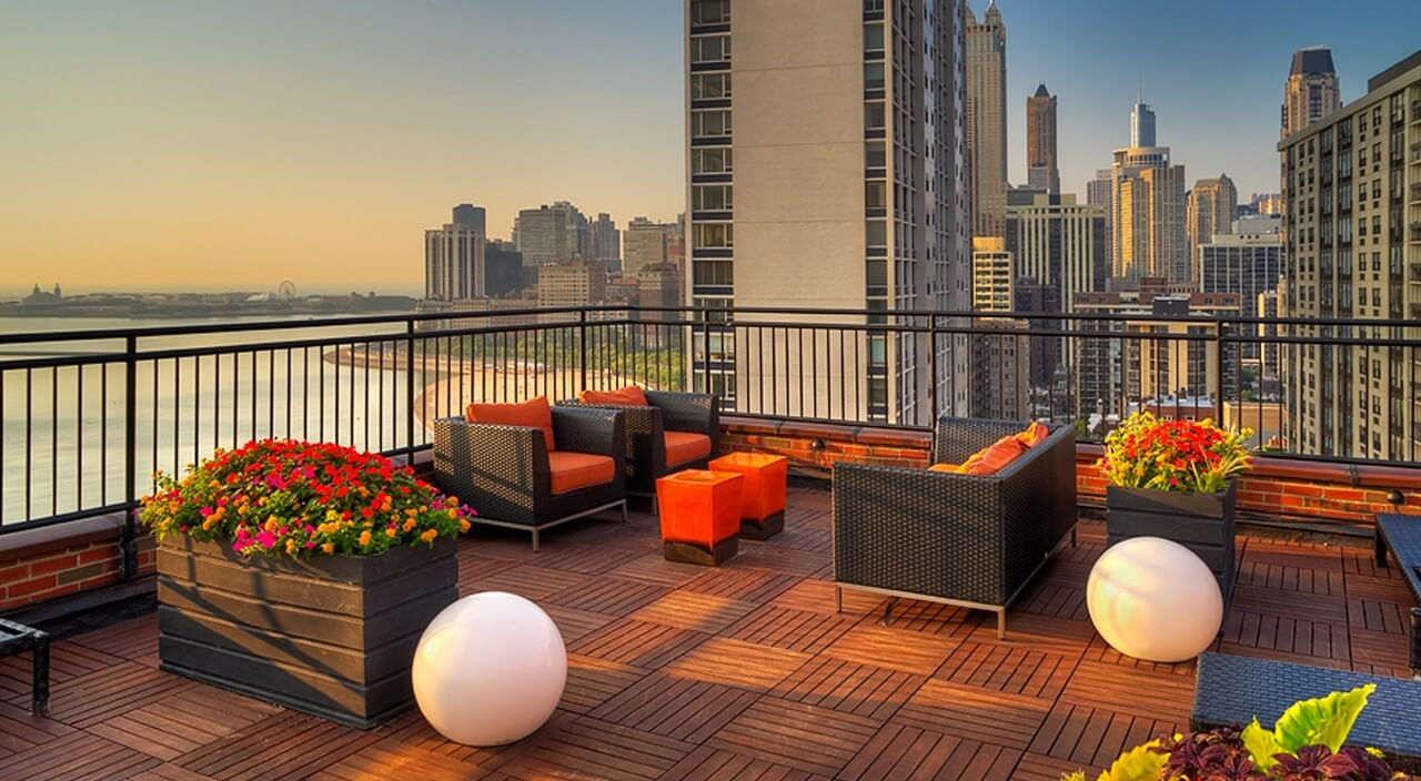 Best apartment rental service in Chicago - 1350 N Lake Shore Dr