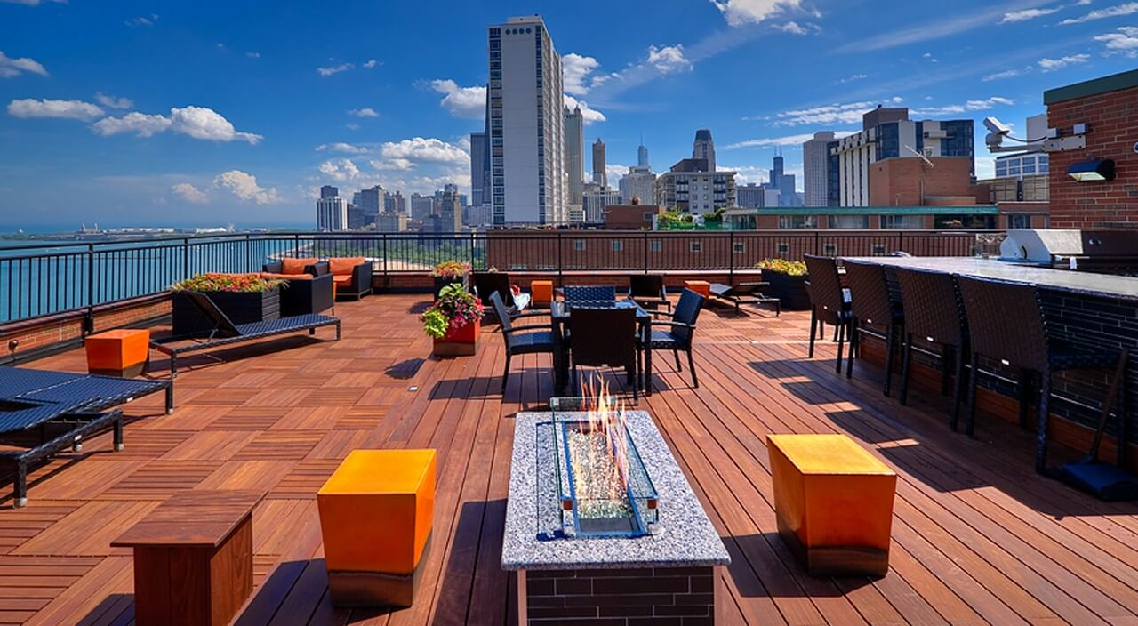 Best apartment search website in Chicago - 1350 N Lake Shore Dr