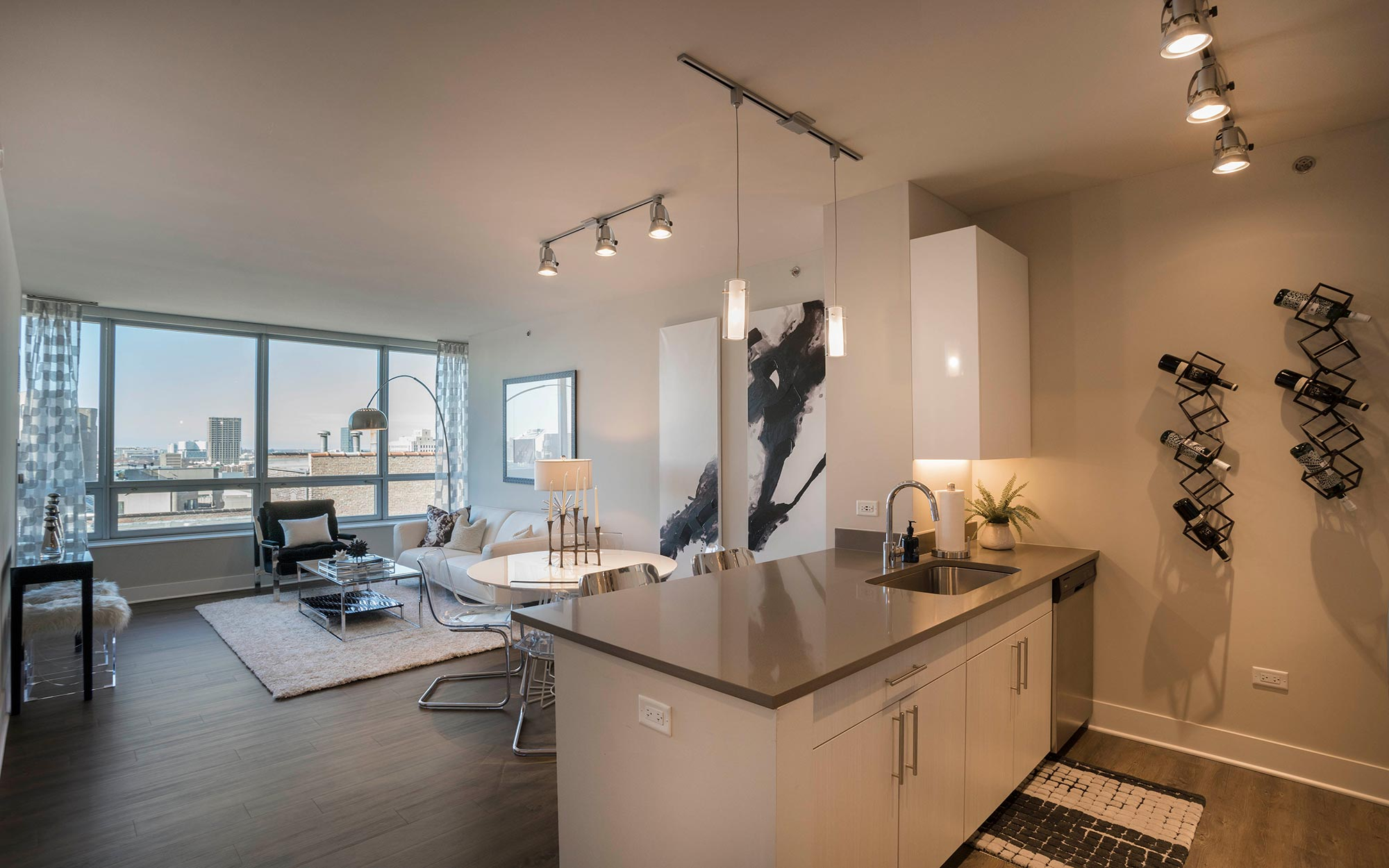Apartments for rent in Chicago - Alta Roosevelt