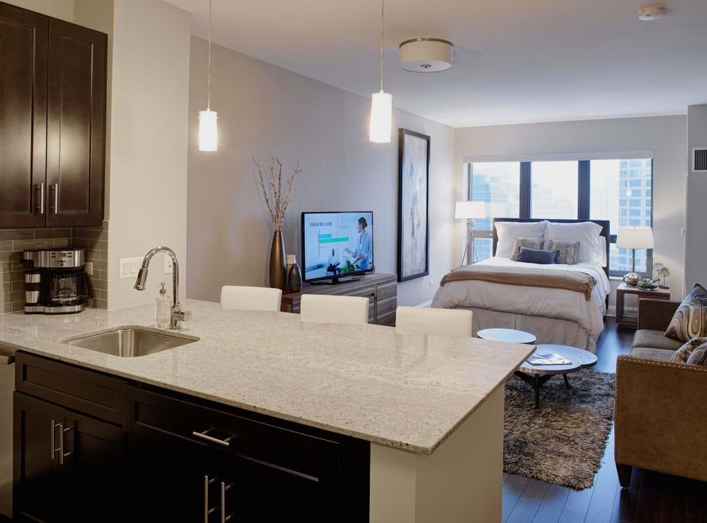 Best website to find rentals Chicago - AMLI River North