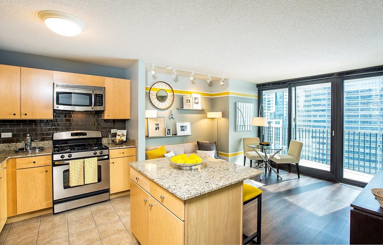 Best apartment rental service in Chicago - Aqua Chicago