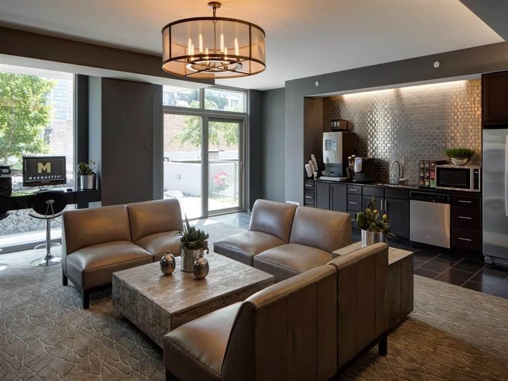Best apartment rental service in Chicago - Catalyst Chicago