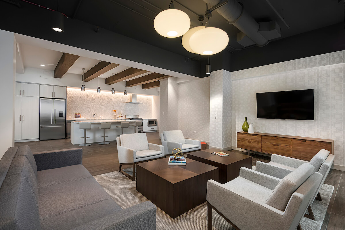 Best apartment hunting service in Chicago - Chestnut Place