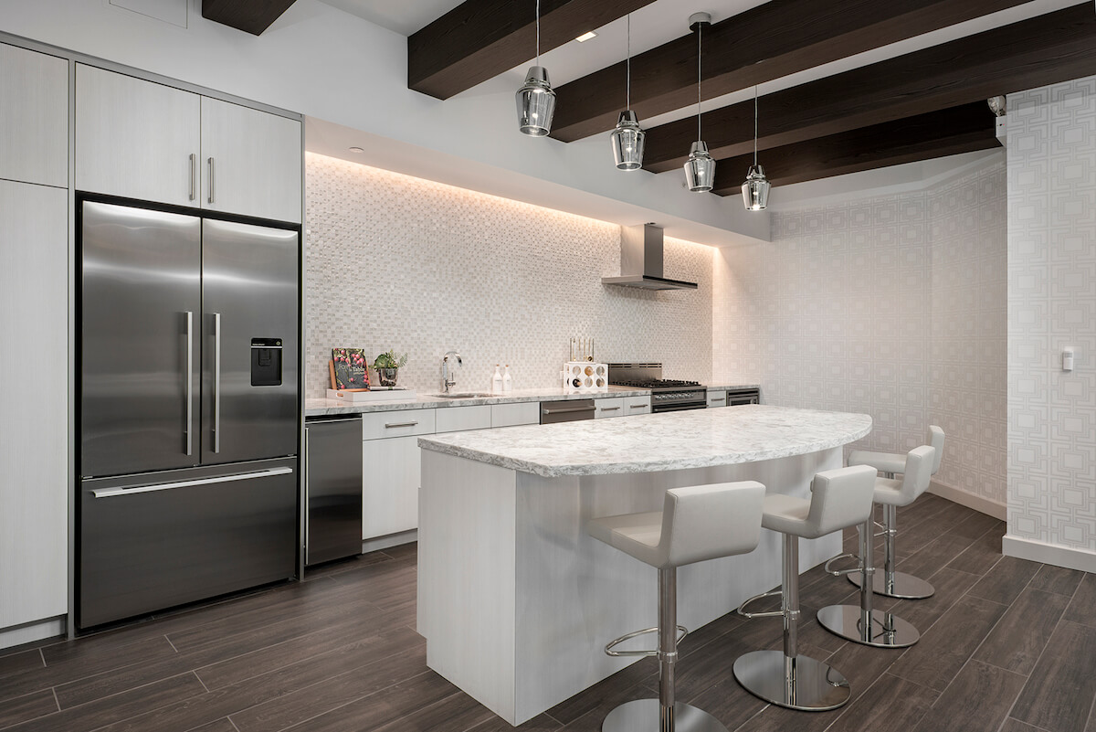 Best apartment search website in Chicago - Chestnut Place