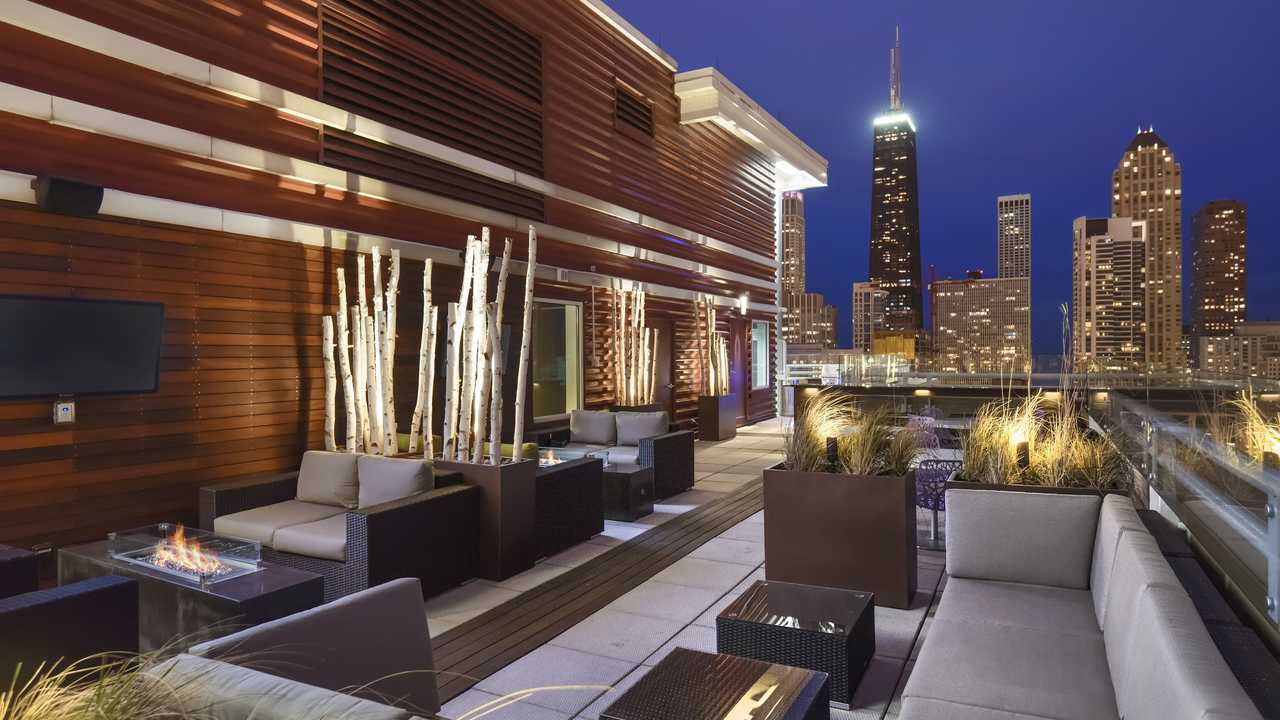 Best apartment search site in Chicago - Chestnut Tower