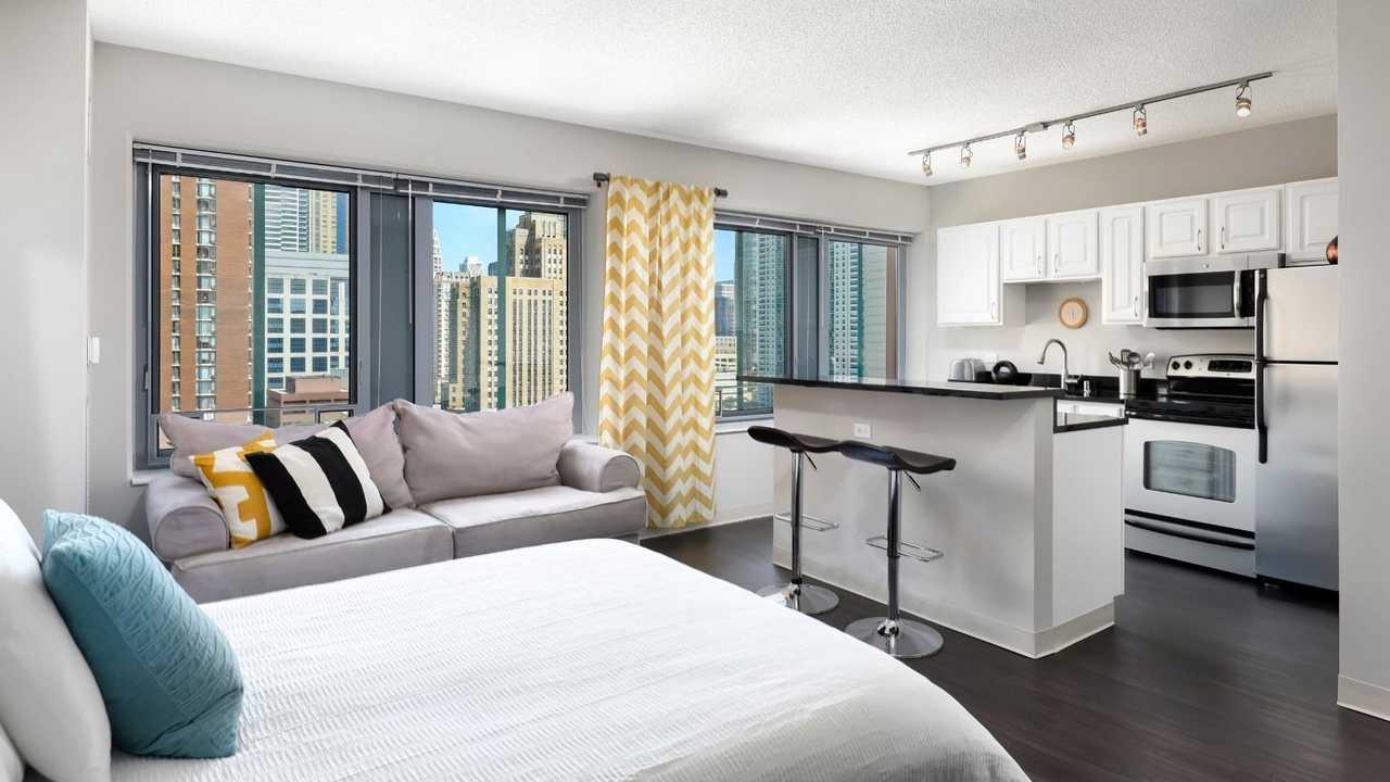 Best website to find rentals Chicago - Chestnut Tower