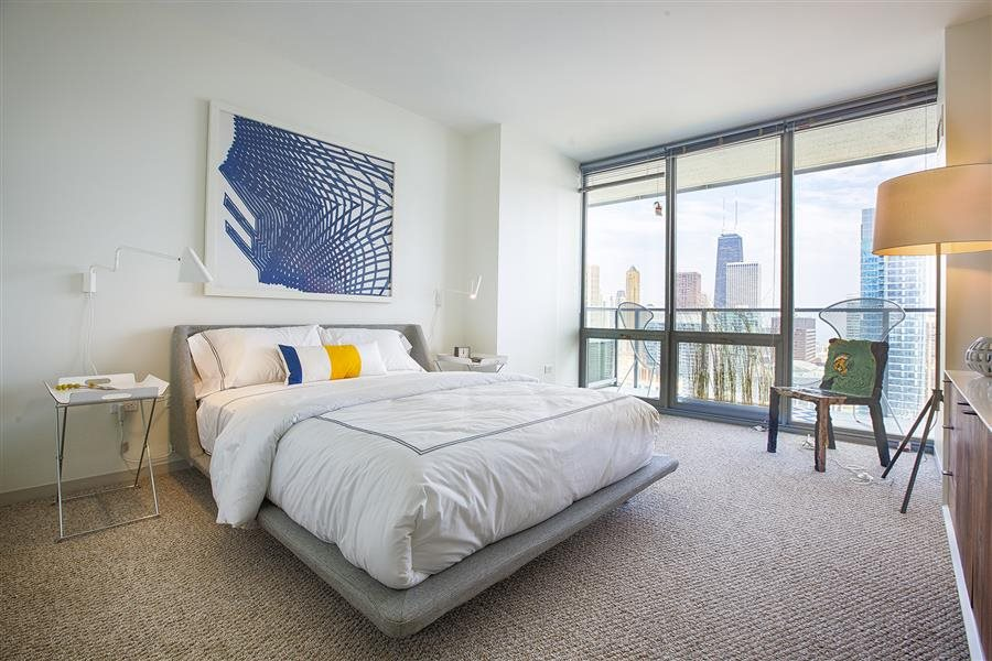 Best apartment hunting service in Chicago - Coast Lakeshore East