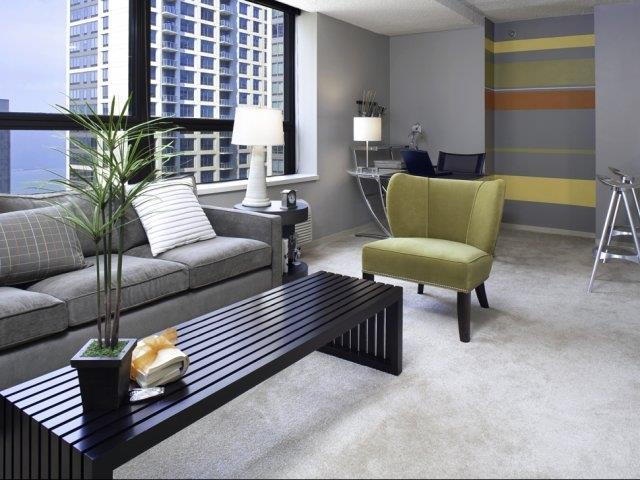 Apartments for rent in Chicago - Lake Shore Plaza