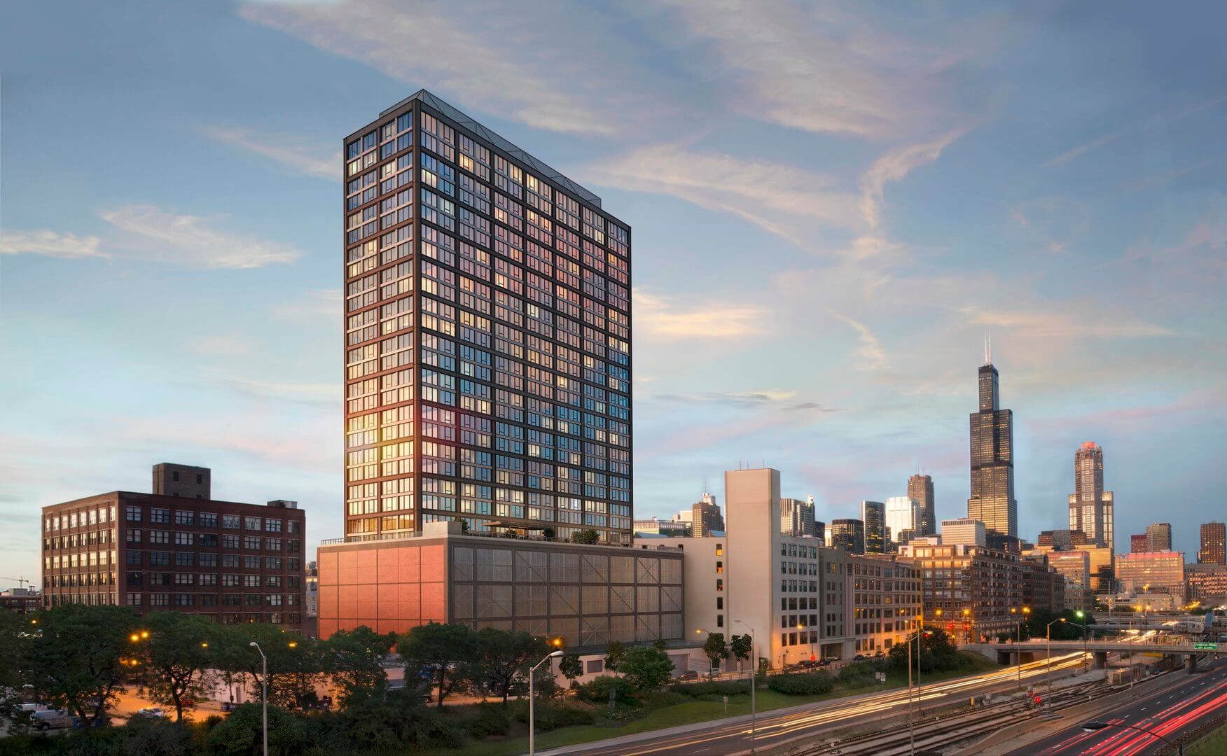 Best apartment search site in Chicago - Landmark West Loop