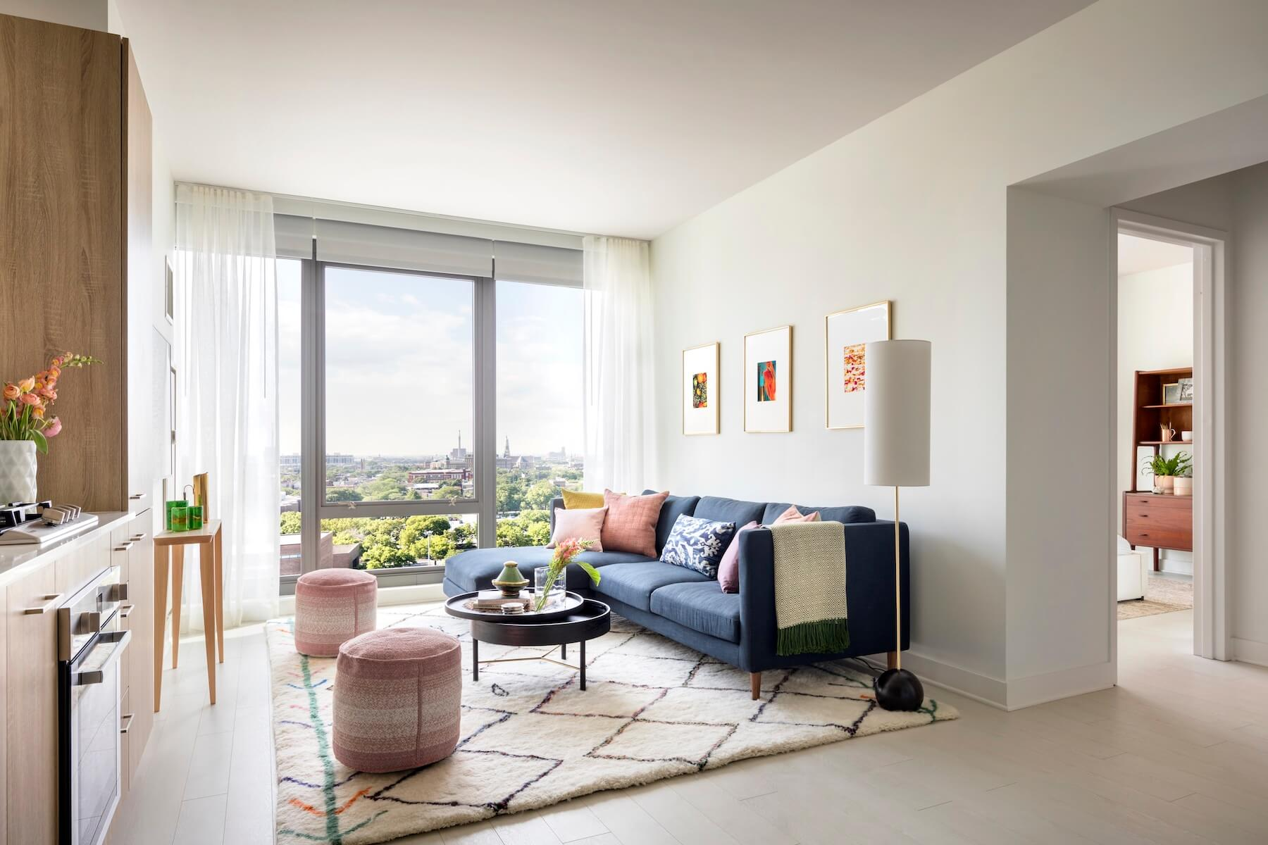 Best apartment search website in Chicago - Landmark West Loop