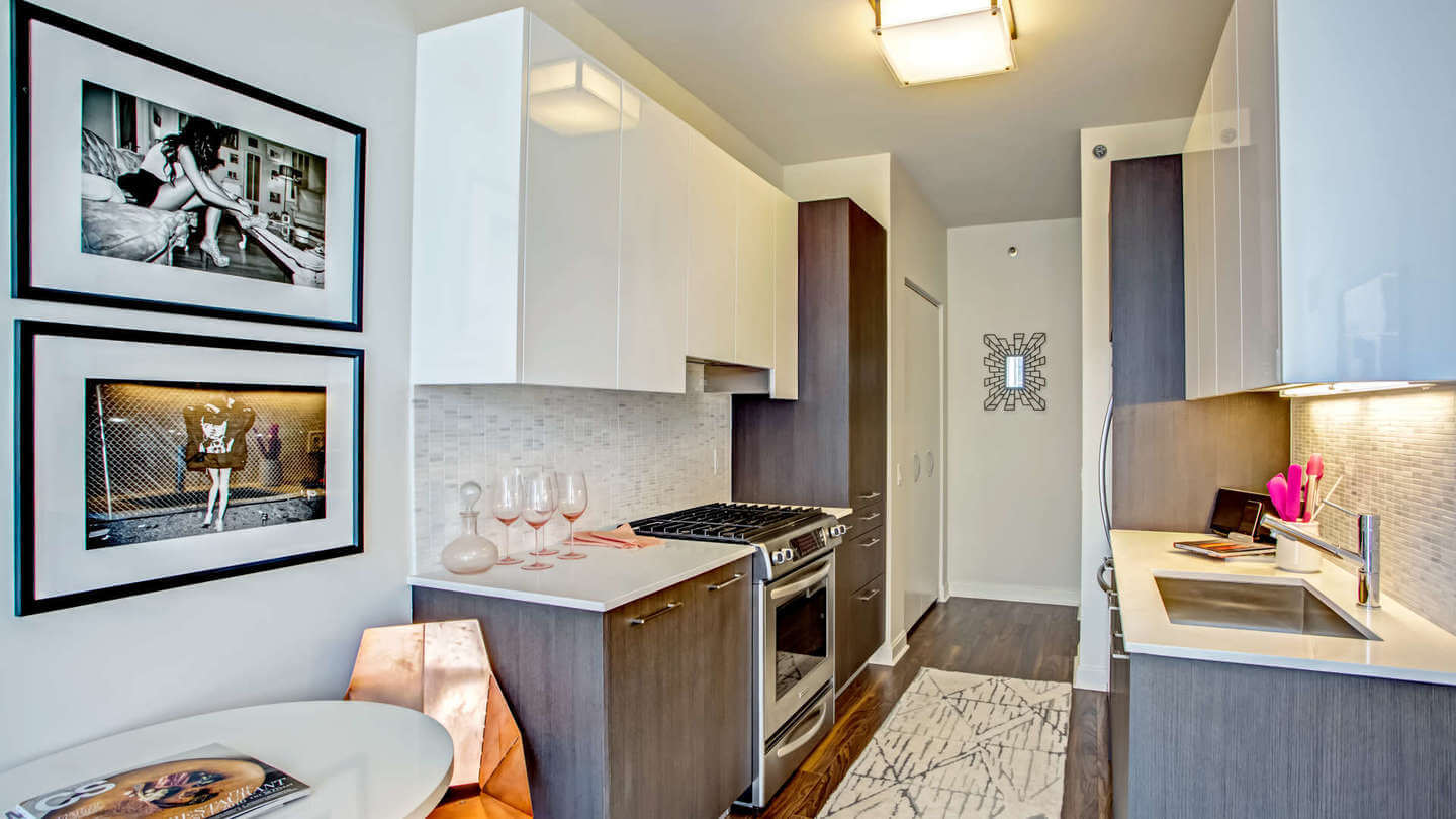 Best apartment rental service in Chicago - OneEleven
