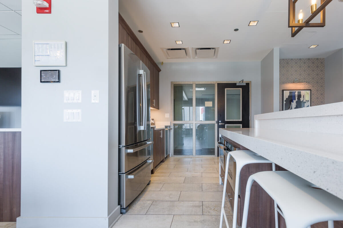 Best apartment rental service in Chicago - Roosevelt Collection