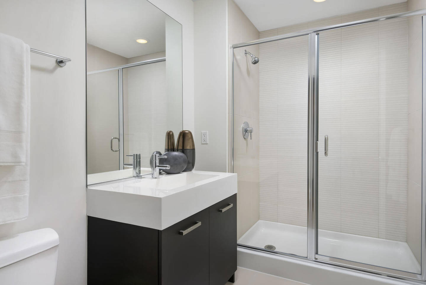 Best apartment hunting service in Chicago - Roosevelt Collection