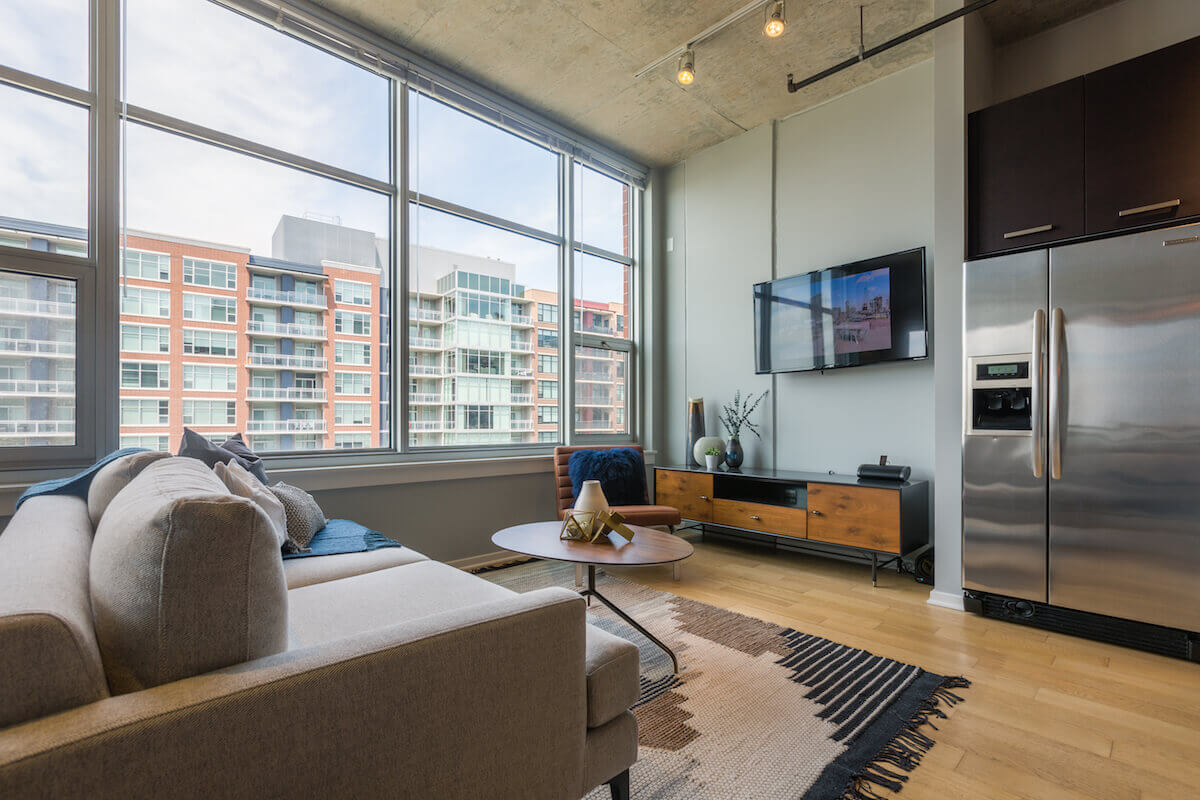 Best apartment search website in Chicago - Roosevelt Collection