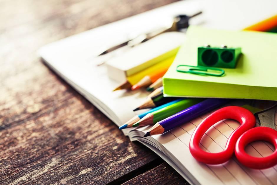 Saiba seus direitos na matrícula e material escolar das crianças