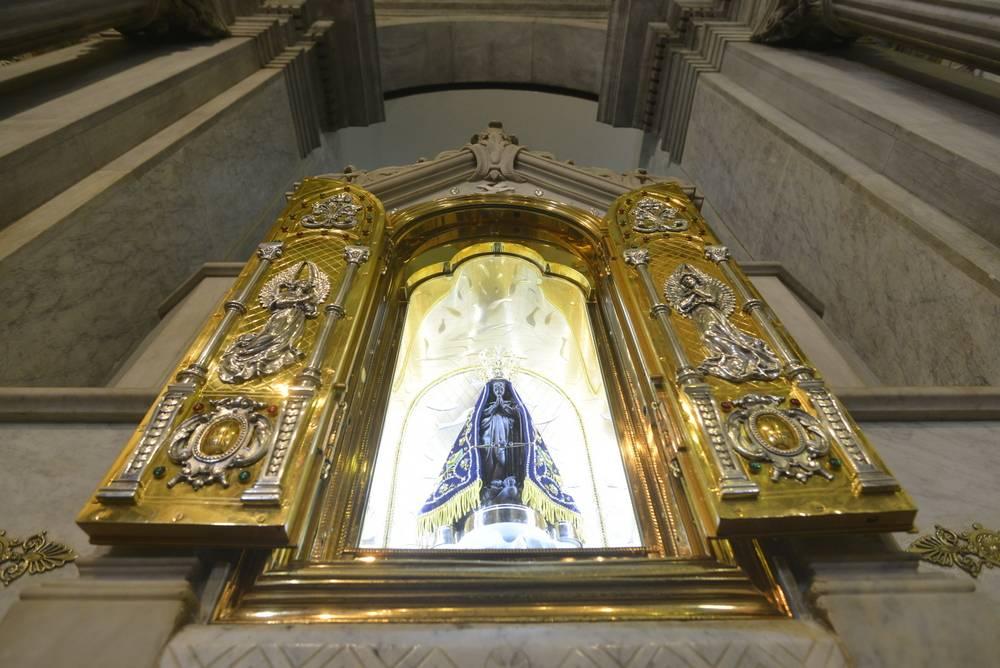 Basílica Velha terá celebração com exposição do Santíssimo e Consagração