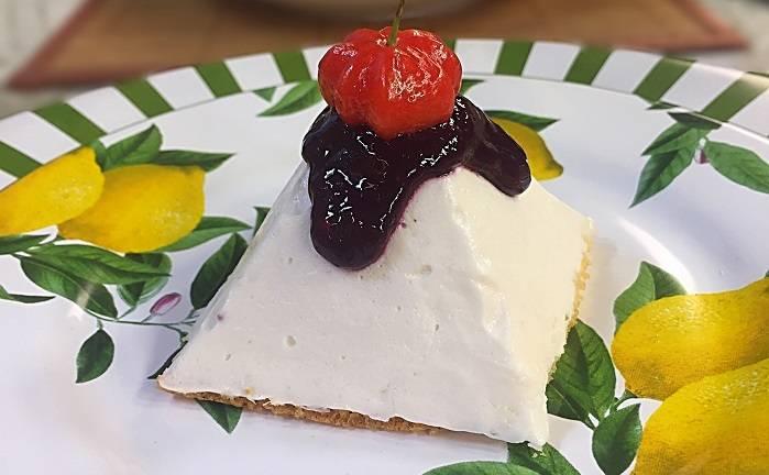 Sobremesa light de queijo e frutas vermelhas