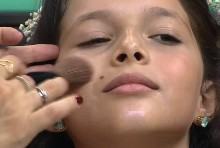 Saiba quais devem ser os cuidados com maquiagem para daminhas de honra