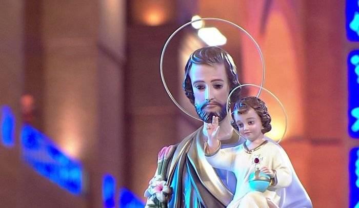 Conheça a história de São José com Padre Camilo