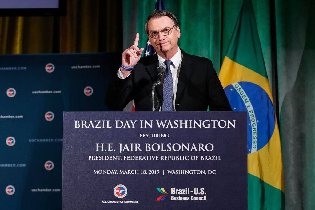 Jair Bolsonaro encontra Donald Trump na Casa Branca