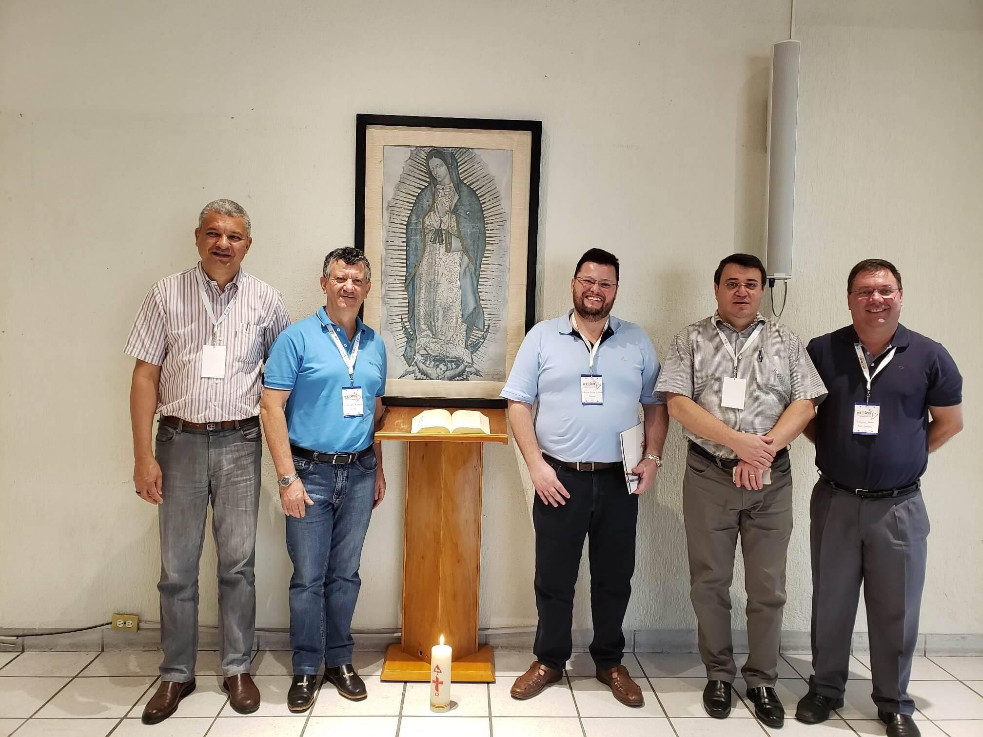 Membros da Província de São Paulo: Pe. Marcelo Araújo, Pe. Inácio Medeiros, Pe. Ricardo de Carvalho, Pe. Marlos Aurélio e Pe. Rogério Gomes.