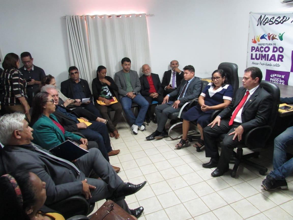 Reunião do Executivo e Legislativo