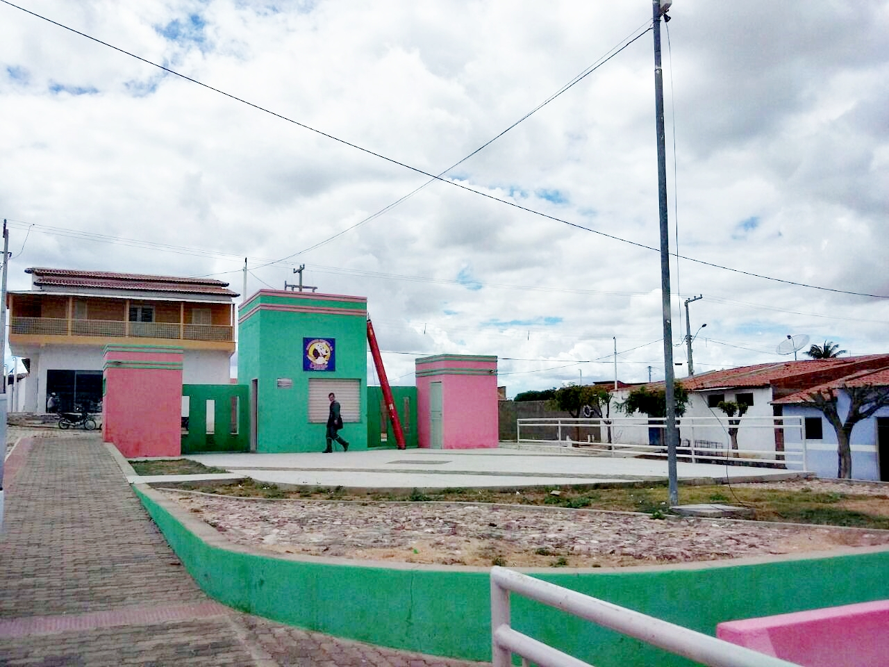 PREFEITURA MUNICIPAL DE CAMPO GRANDE IMPLANTA PONTOS DE INTERNET WI-FI PELA CIDADE