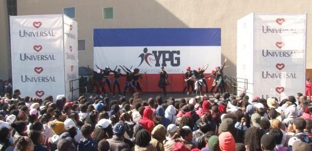 Ao final do evento, muitos jovens decidiram se entregar para Jesus
