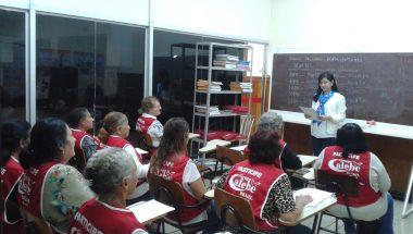 Programa social ensina idosos como receber direitos assegurados por lei