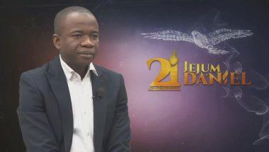 Jejum de Daniel: Abubacar abriu mão de sua tradição e escolheu a Deus