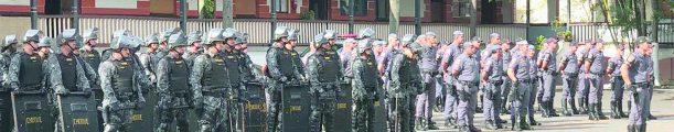 TRABALHO COM POLICIAIS