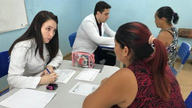 Famílias carentes de Porto Velho recebem doações em ação social
