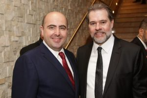 Universal participa de posse do novo presidente do STF