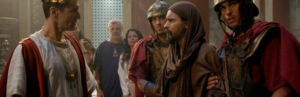 Pilatos ameaça Barrabás e exige saber onde está Maria Madalena