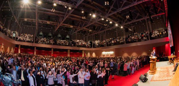 A reunião especial aconteceu no Centro de Convenções de Boston.