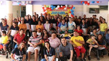 Voluntários se reúnem pelo Brasil para ações sociais no Dia das Crianças
