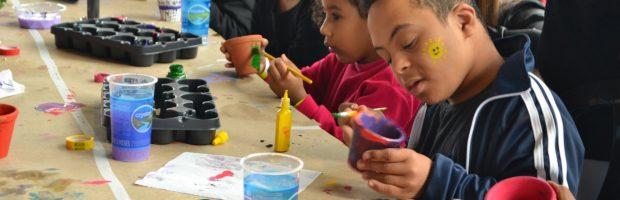 ABADS realiza festa especial para as crianças